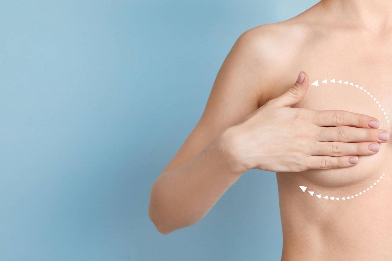 Jak naturalnie powiększyć piersi bez operacji?